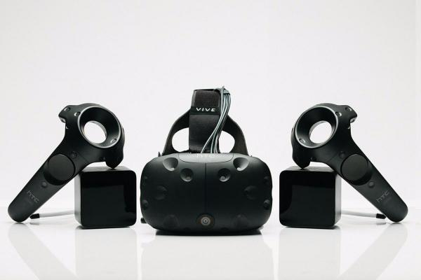 HTC Vive Virtual Reality headset (VR)